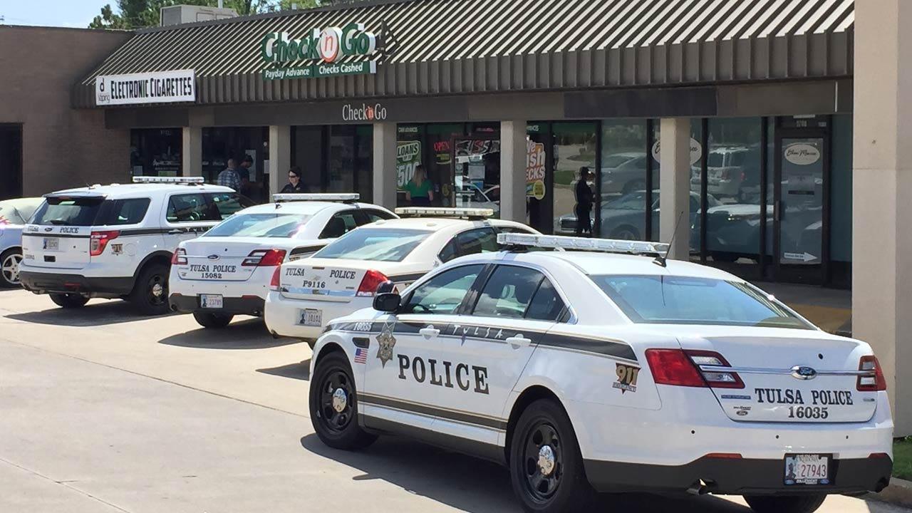 Man Robs Tulsa Check Cashing Store