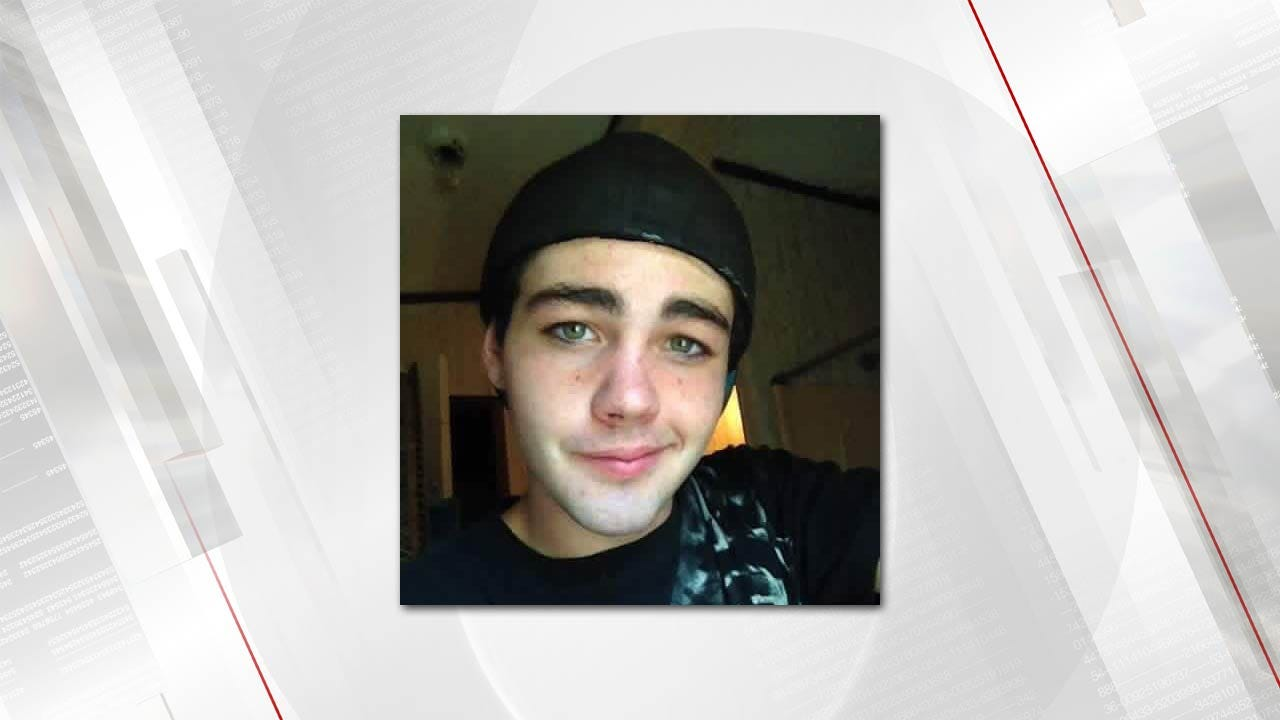 Authorities Search Thick Woods For Missing Creek County Man