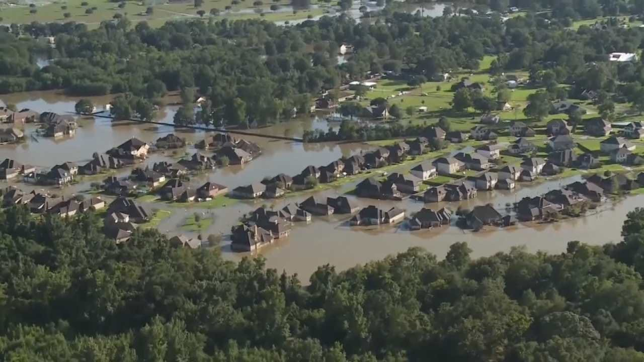 President Obama Visiting Flooded Louisiana In Show Of Support