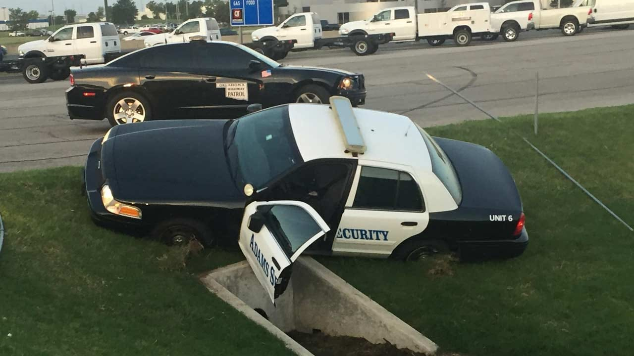 Tulsa To Broken Arrow Police Chase Ends With Crash, Arrest