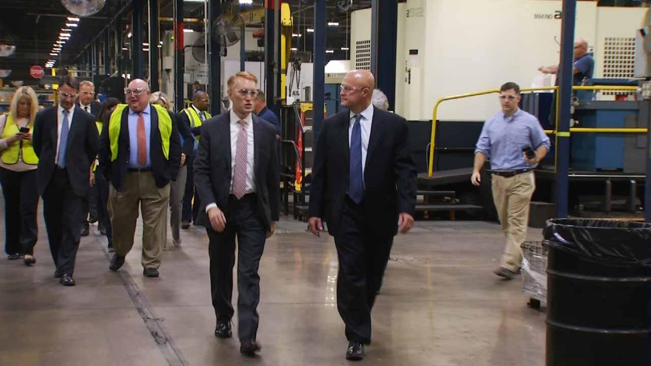 Senator James Lankford Tours BA Business, Tulsa Non-Profit