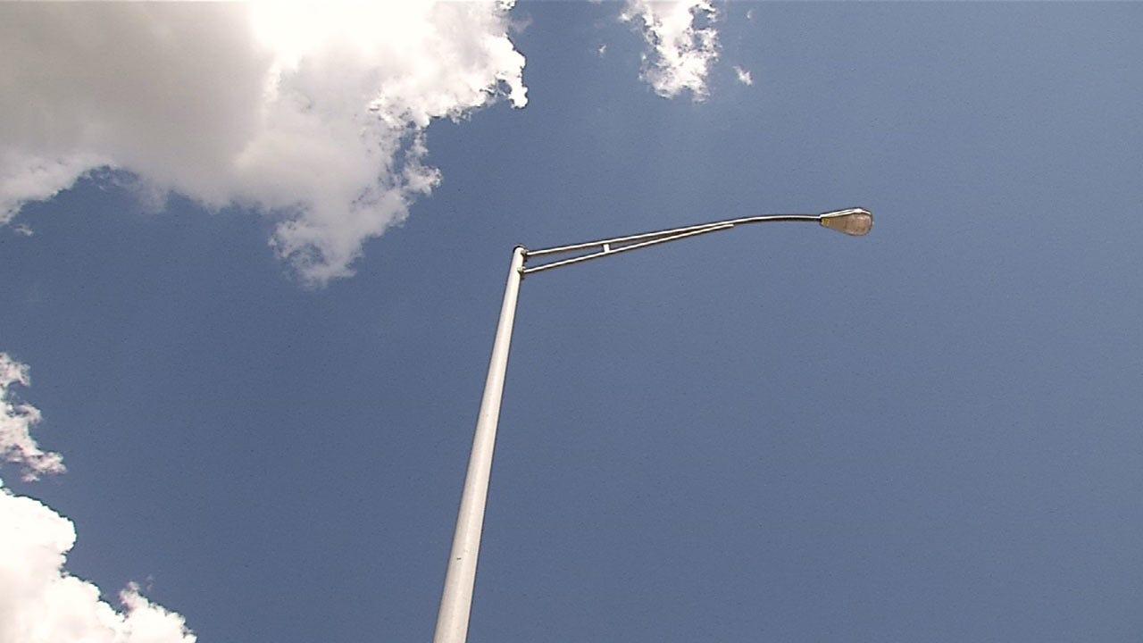 Replacing Damaged Tulsa Street Lights May Take Two Years