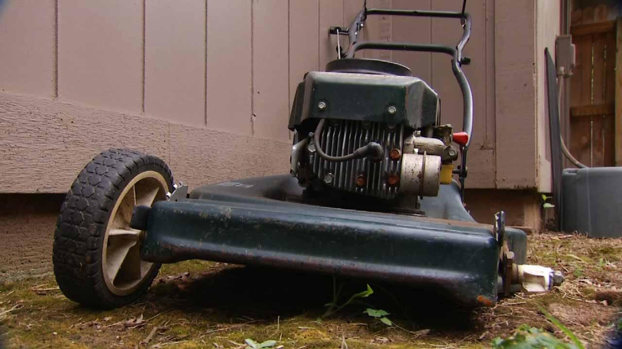 Thieves Cut Grass, Steal Lawn Mower, Tulsa Roommates Say