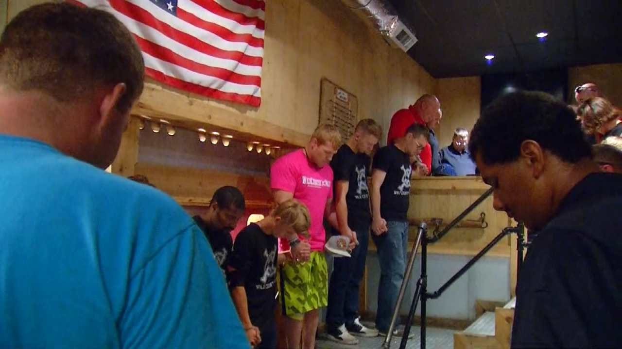 Law Enforcement Packs Osage County Restaurant For Free Appreciation Lunch