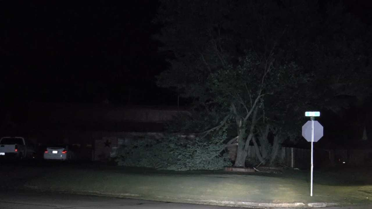 Storm Knocks Out Power To Glenpool, South Tulsa County