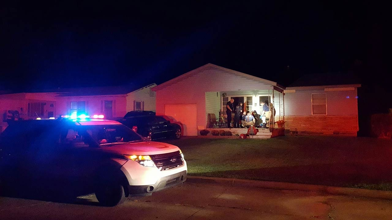 Woman Stabs Boyfriend, Another Woman During Tulsa Domestic Incident