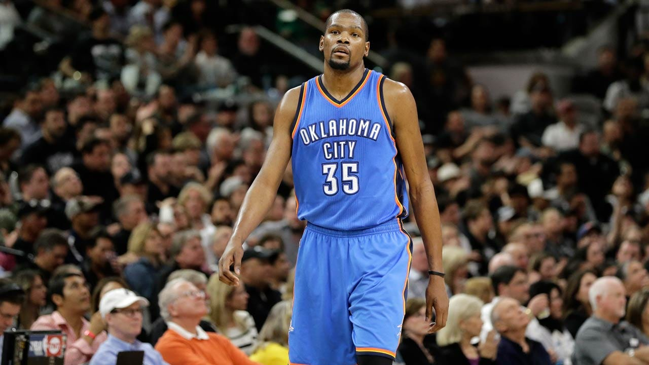 Report: Durant Meets With Spurs