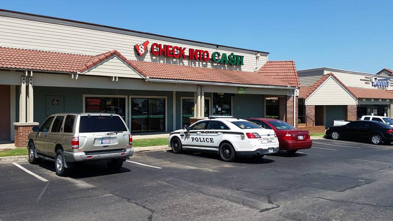 Tulsa Police Investigate Robbery Report At Check Cashing Spot