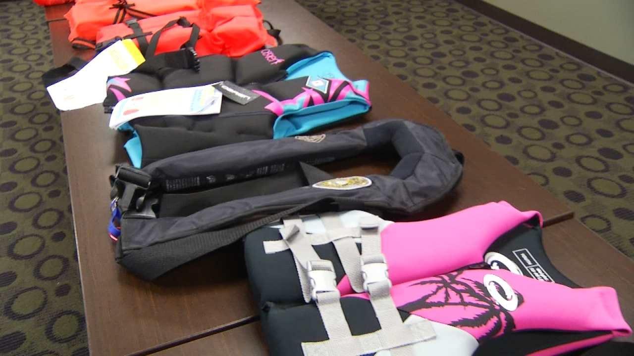 GRDA Promotes Use Of Proper Life Jackets