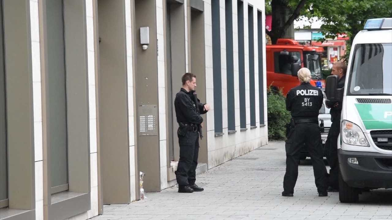 Munich Shooting Leaves 10 Dead, Including Suspect