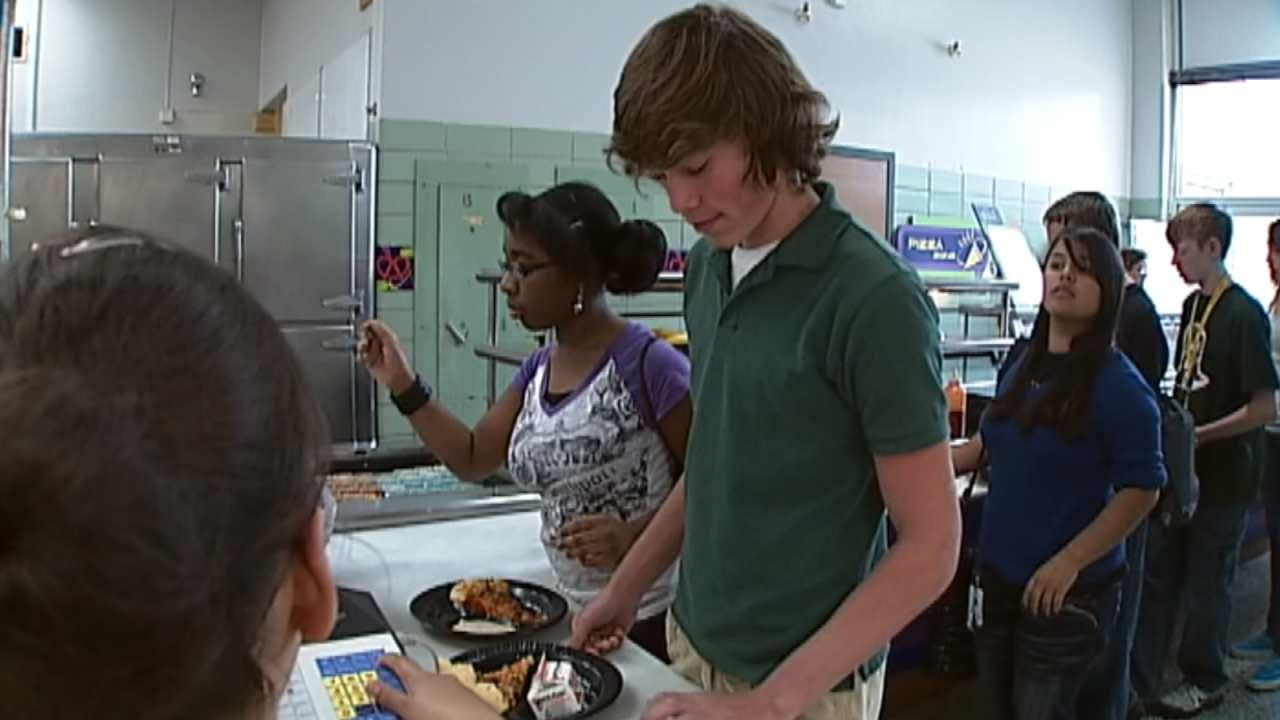 Parents Thrilled About TPS Free Breakfast, Lunch Program