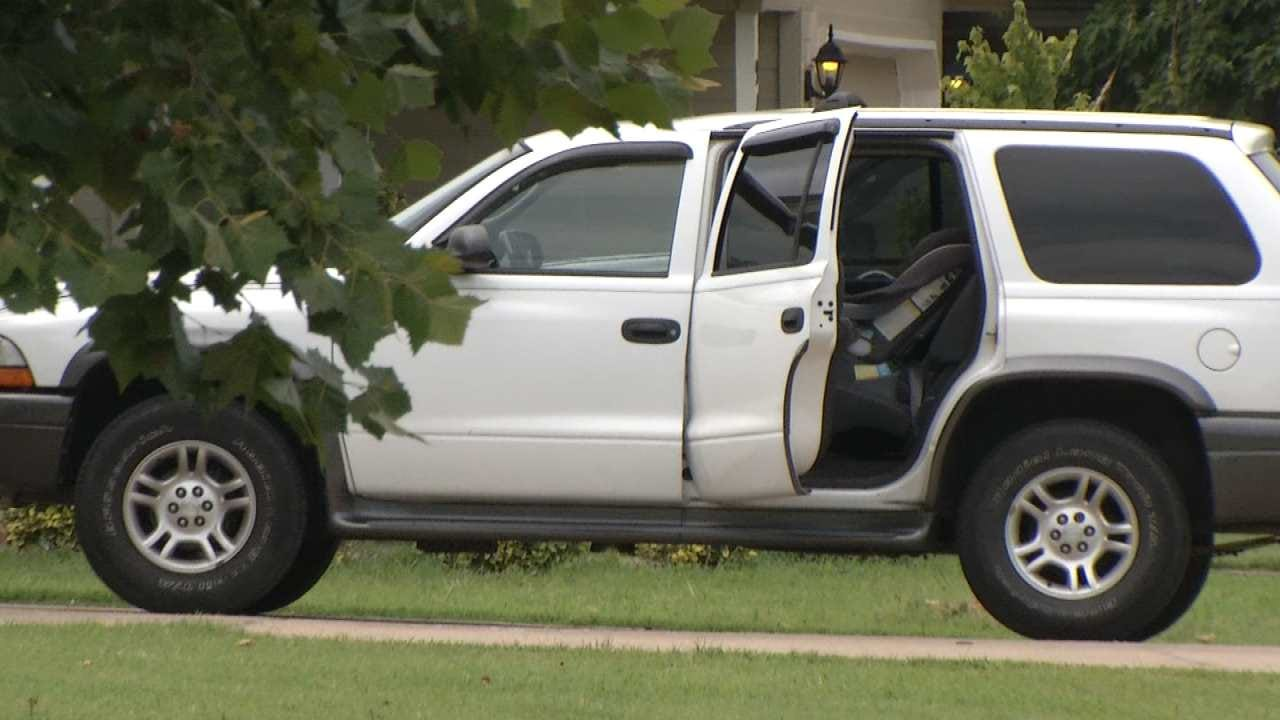 Verdigris Families Are On Edge After Thief Breaks Into Nine Cars