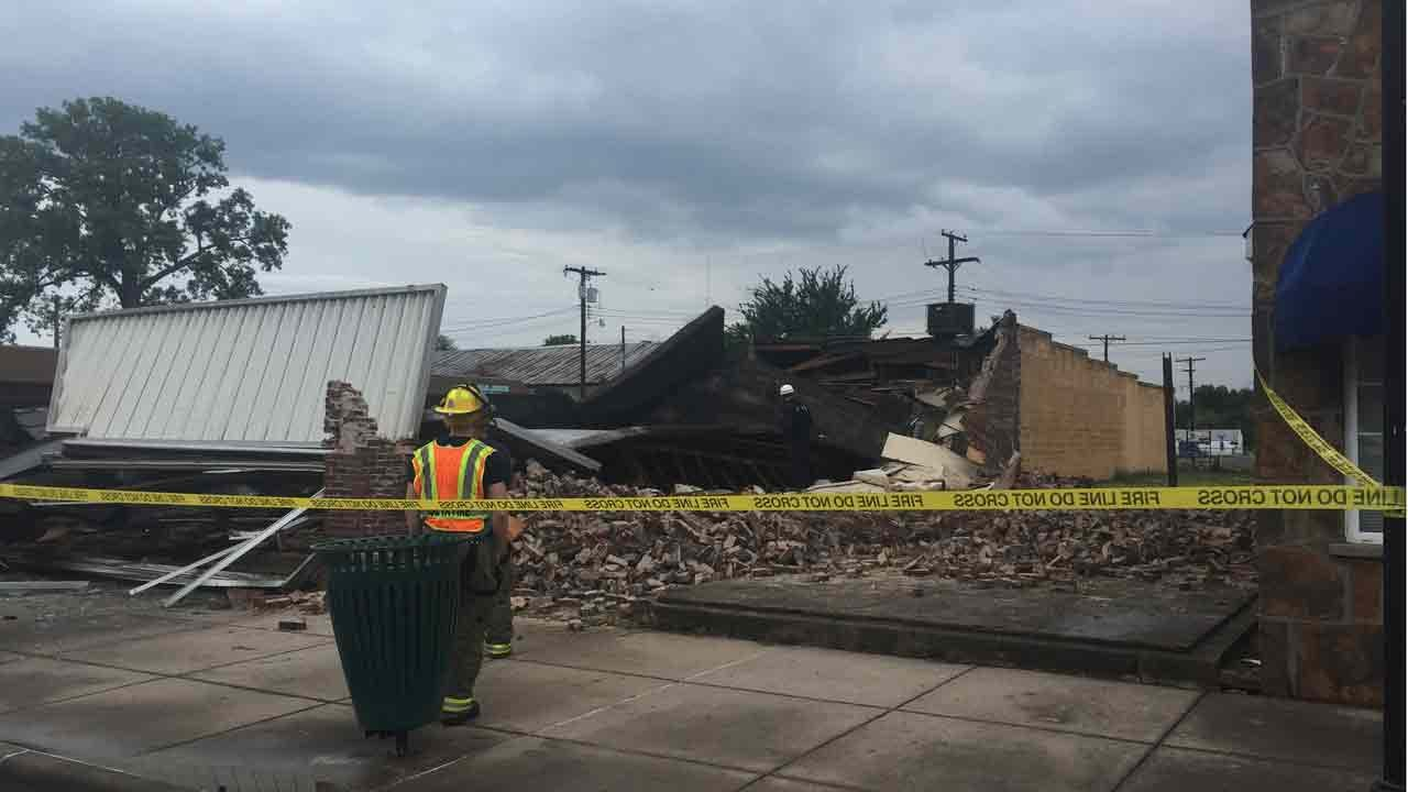 Coweta Building Collapses During Thunderstorm