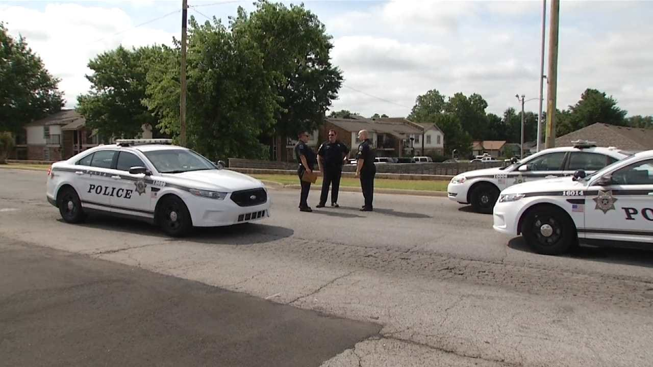 Tulsa Man Robbed At Gunpoint At Shenandoah Apartments