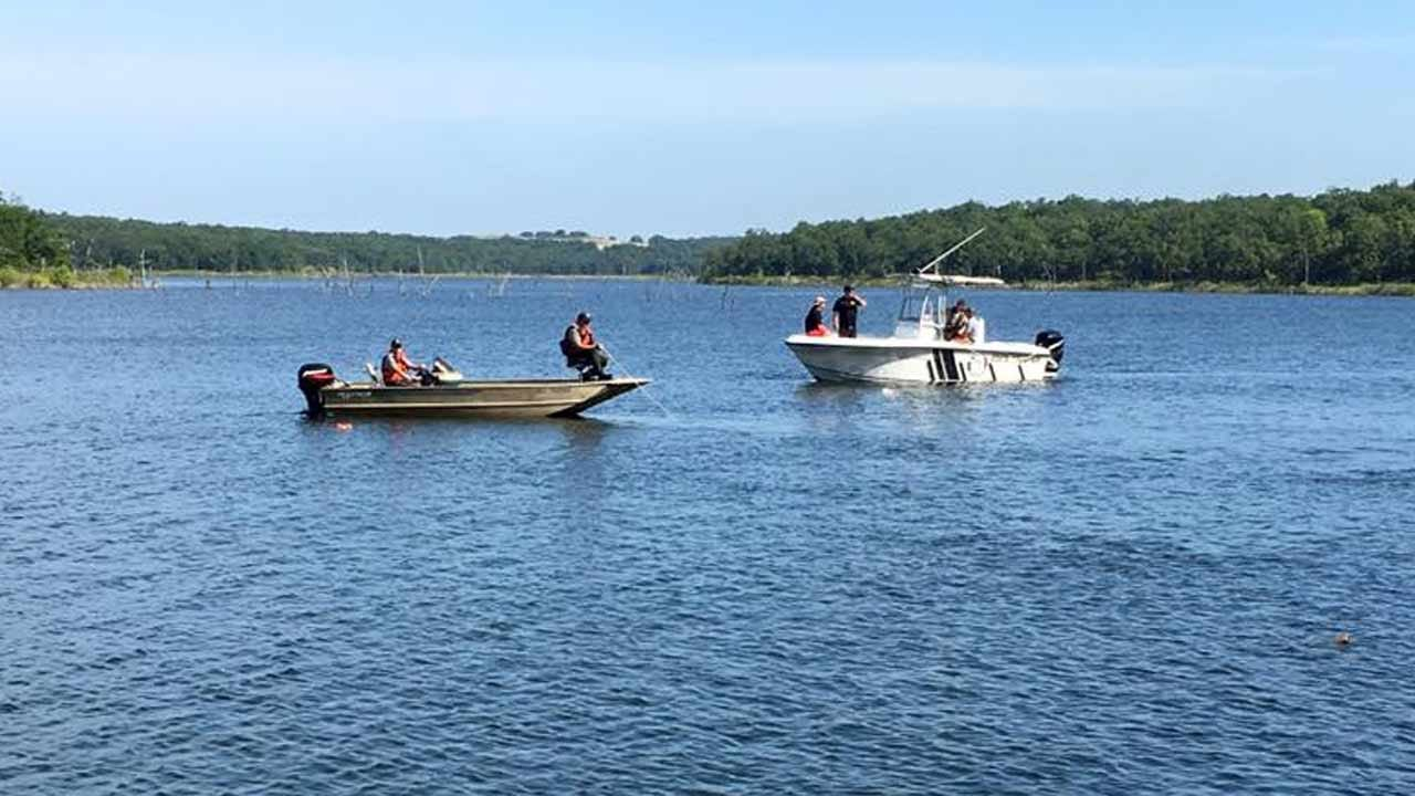 Dive Teams Continue Search For Man Missing On Lake Skiatook