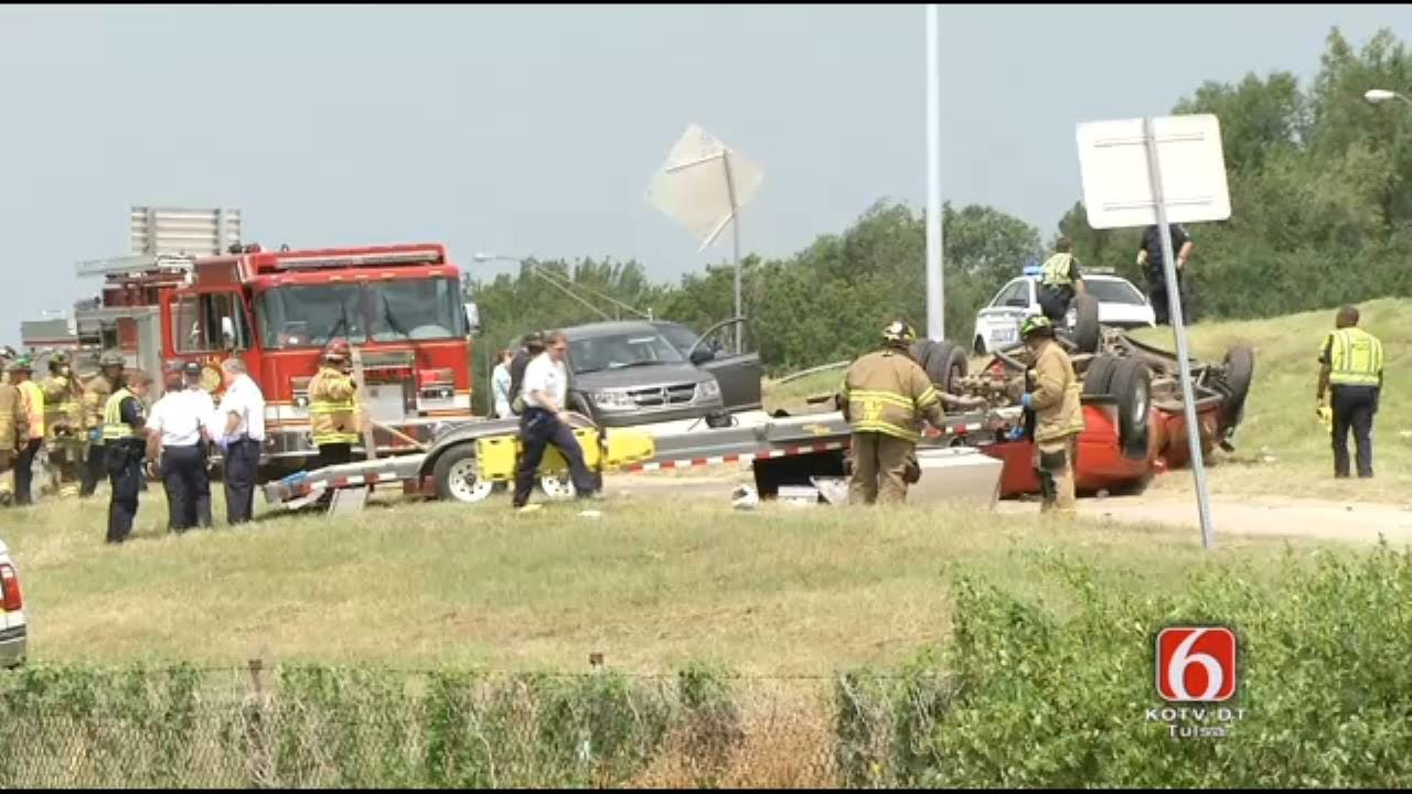One Dead, One Injured In Rollover Wreck On Sand Springs Expressway