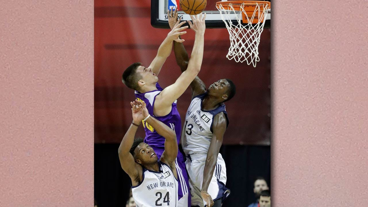 Buddy Hield Struggles In Summer League Debut, But Says 'This Motivates Me'