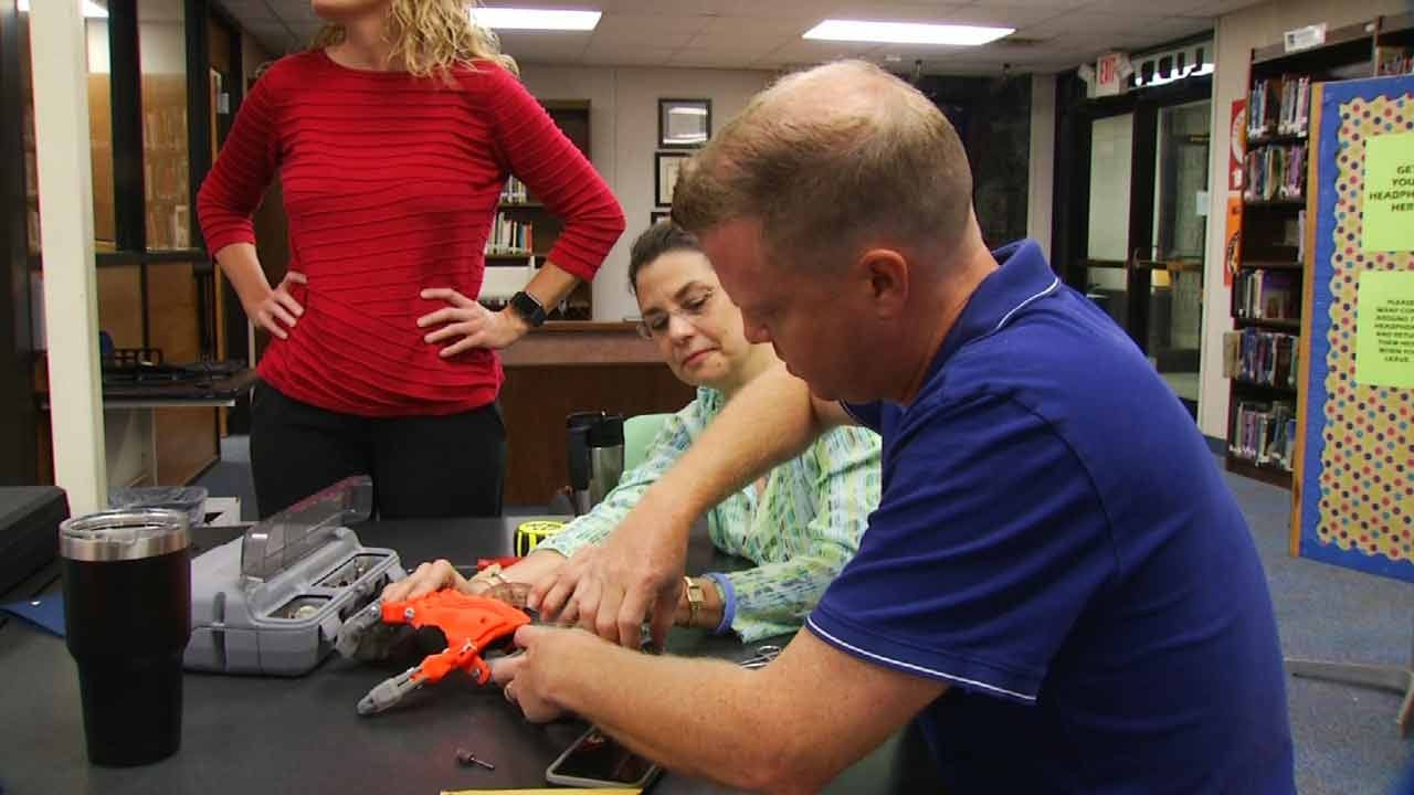 Sand Springs Student Receives Prosthetic Hand Created By Seventh Graders