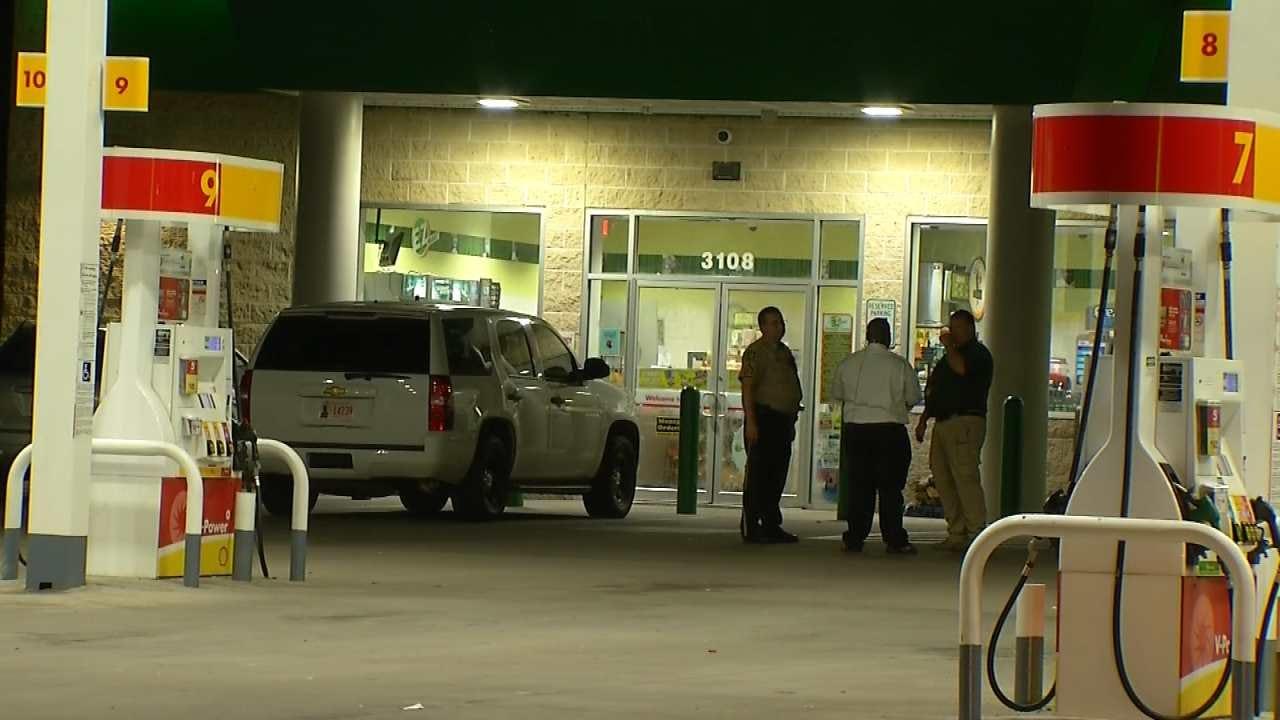 Armed Man Robs Broken Arrow Convenience Store