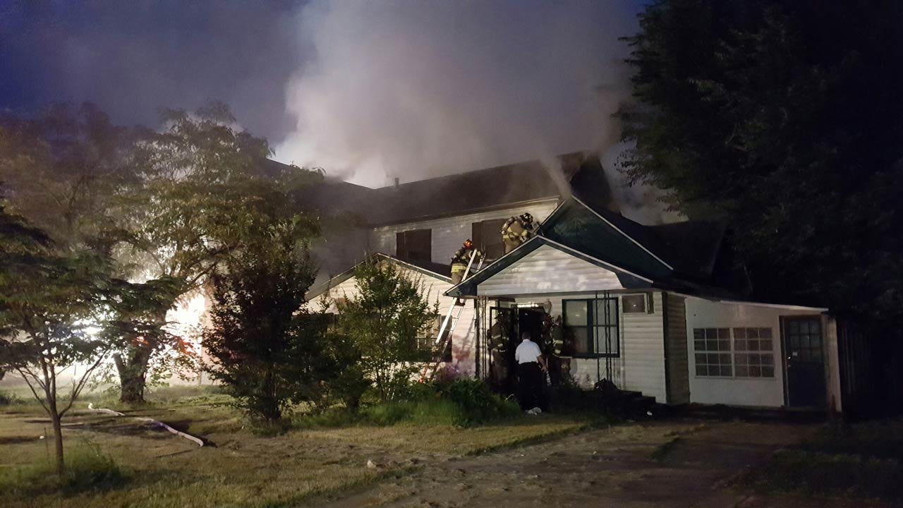 Firefighters Battle High Temps While Putting Out Sapulpa House Fire
