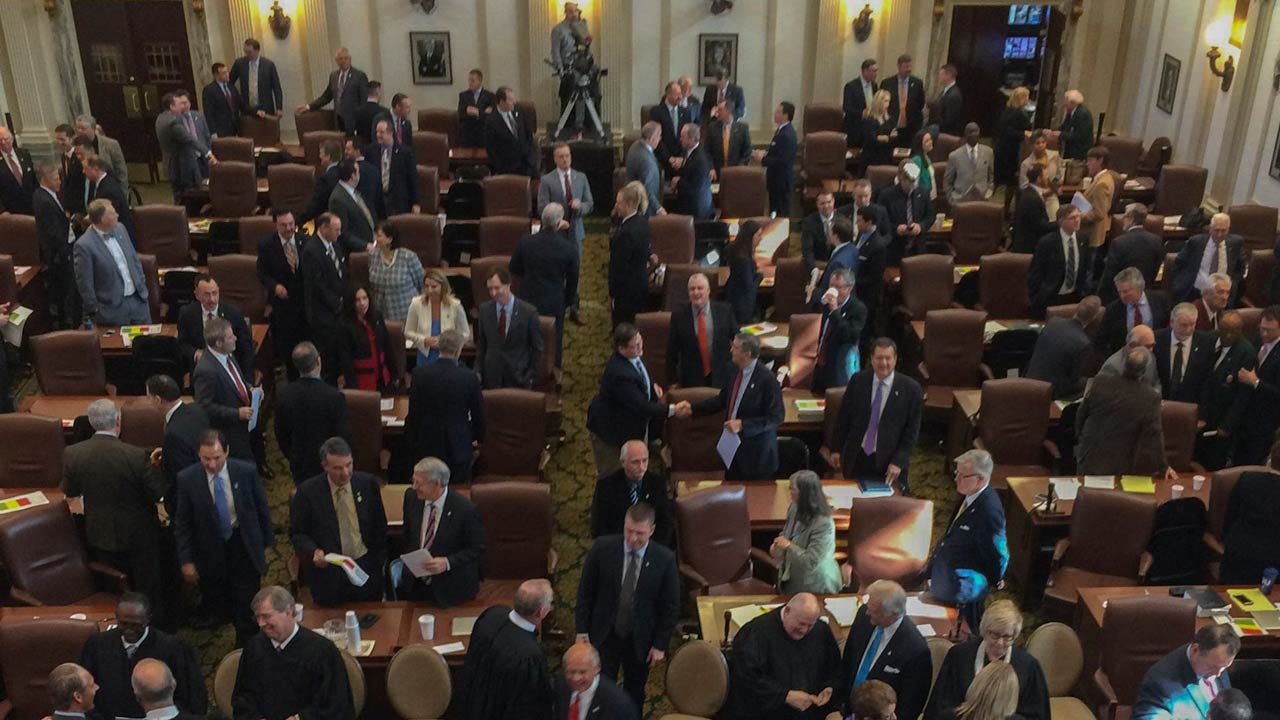 Oklahoma Legislators, State Officials Accept More Gifts From Interest Groups