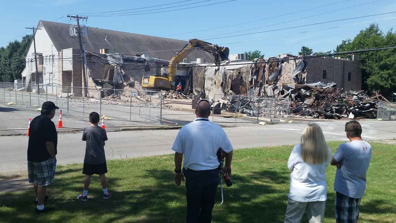 Broken Arrow Church Coming Down To Expand Rose District