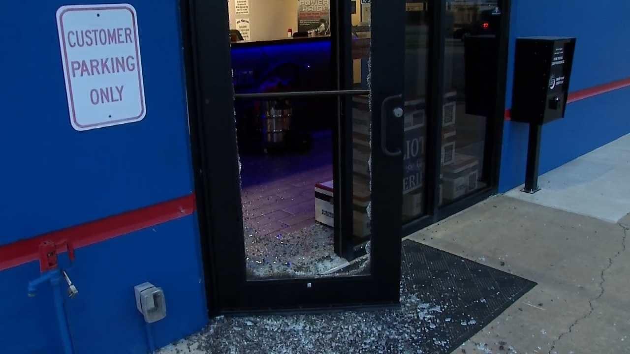 Police: Burglar Steals Truck Keys From Tulsa Business