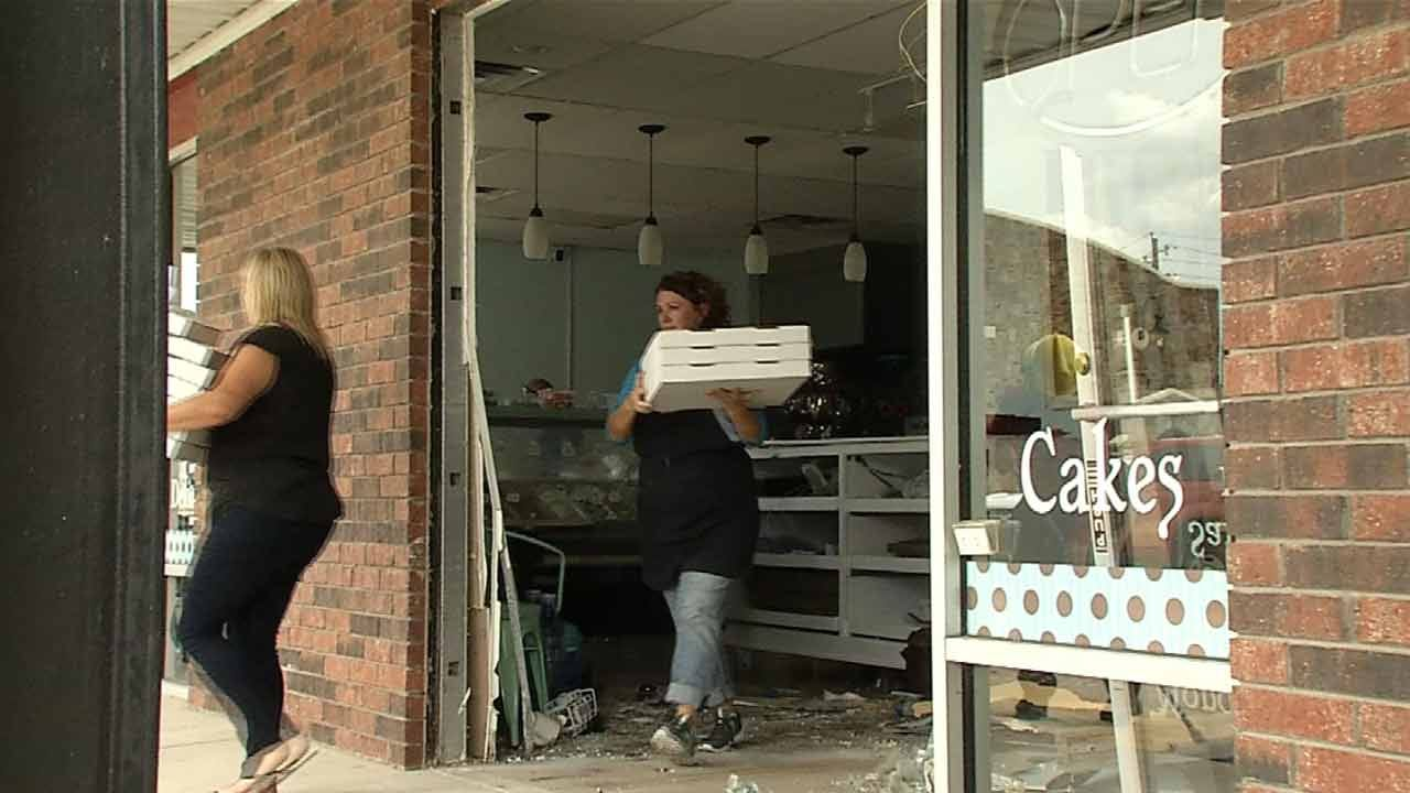 Three Seriously Hurt When Car Crashes Into Jenks Cookie Shop