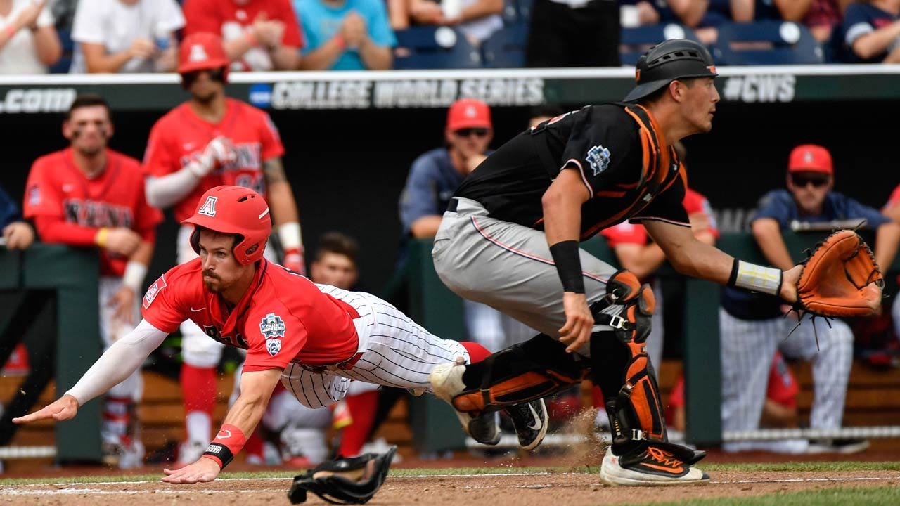 CWS: Wildcats Jump On Cowboys Early, Advance To Finals