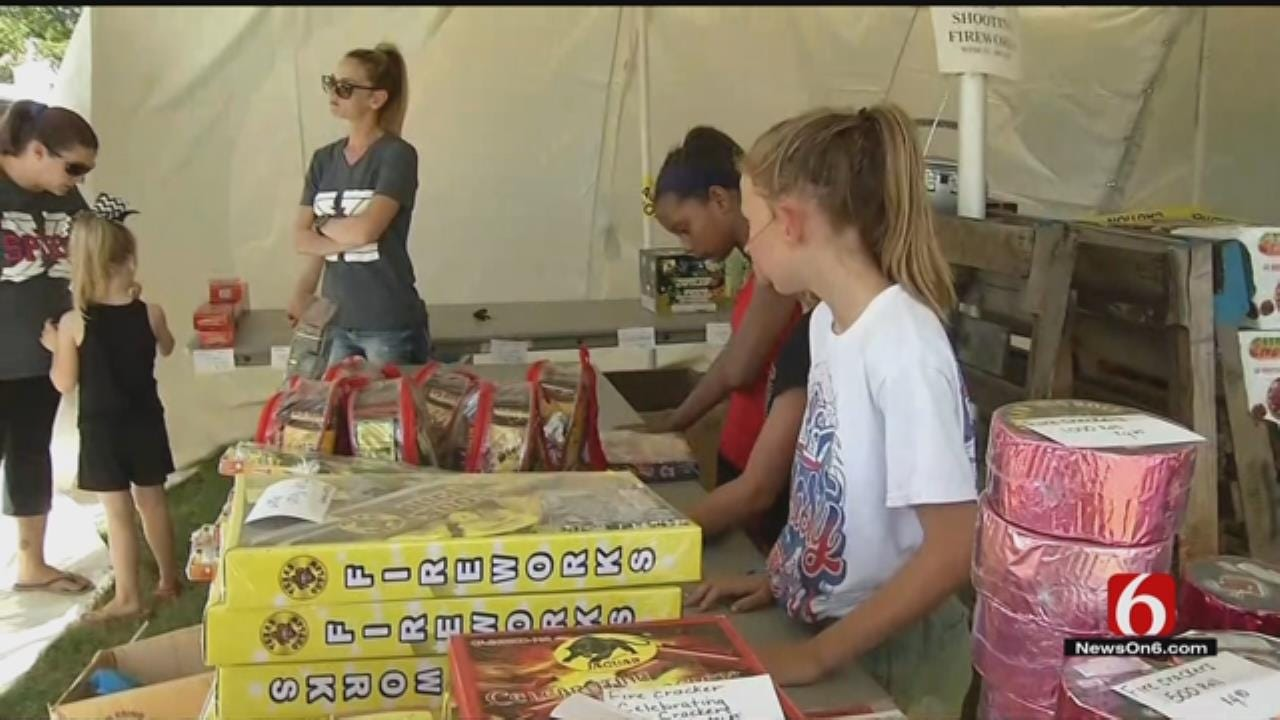 Green Country Cheerleaders Say Thieves Steal $2,000 In Fireworks