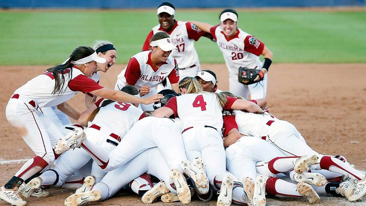 OU Softball Coaches Named National Staff Of The Year By NFCA
