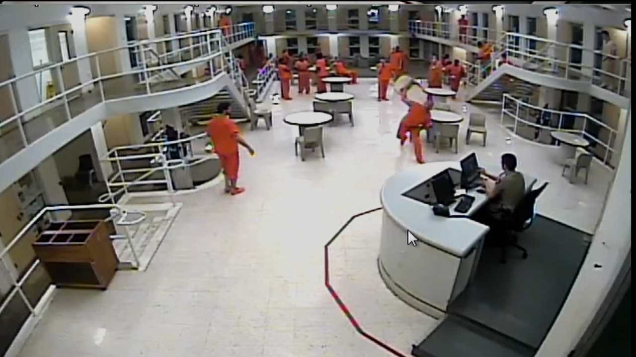 Tulsa County Sheriff Releases Video Of Inmate Throwing Chair