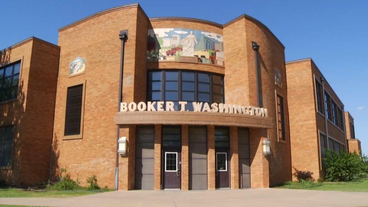 Tulsa Public Schools Treats Booker T. Washington For Bed Bugs