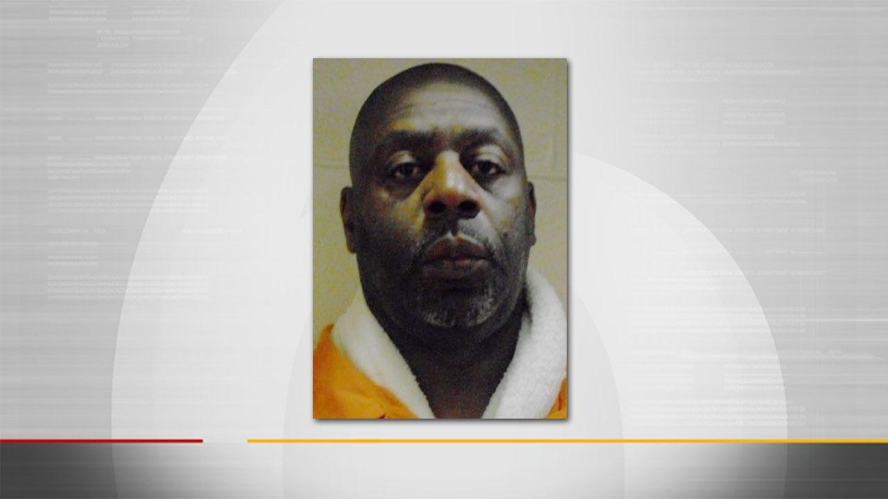 Muskogee Coach Jailed On Suspicion Of Lewd Proposals To Underage Girl