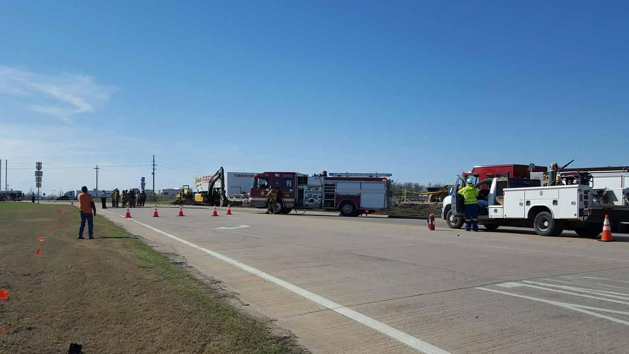 Gas Leak Closes Access Road Along I-44