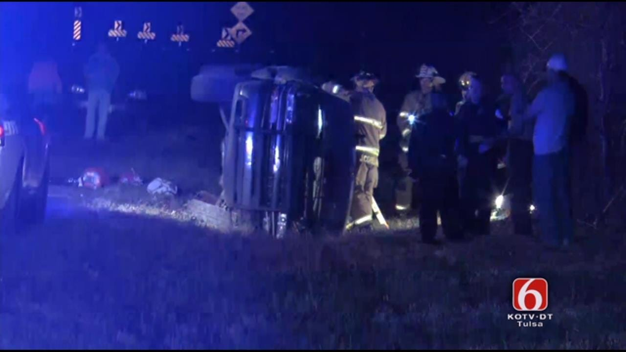 One Dead In Rollover Crash Near Oologah