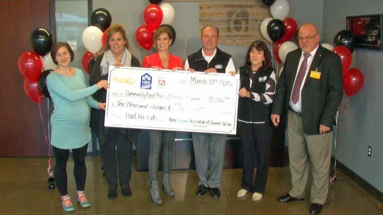 Reasor's, Tulsa Homebuilders Association Help Food For Kids