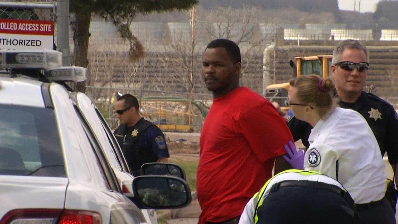 Tulsa Homeowner Jumps In Getaway Truck With Alleged Burglars
