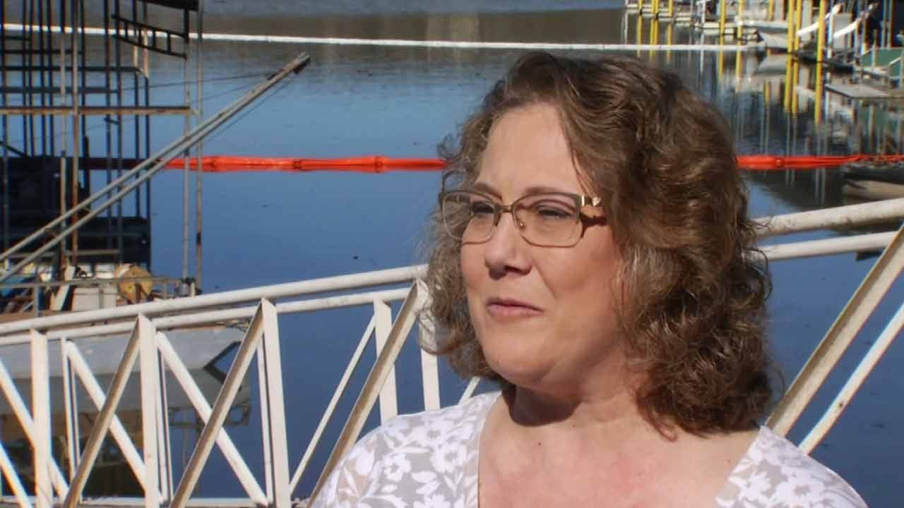 Losing Boat In Fire Won't Keep Oklahoma Woman Away From Lake