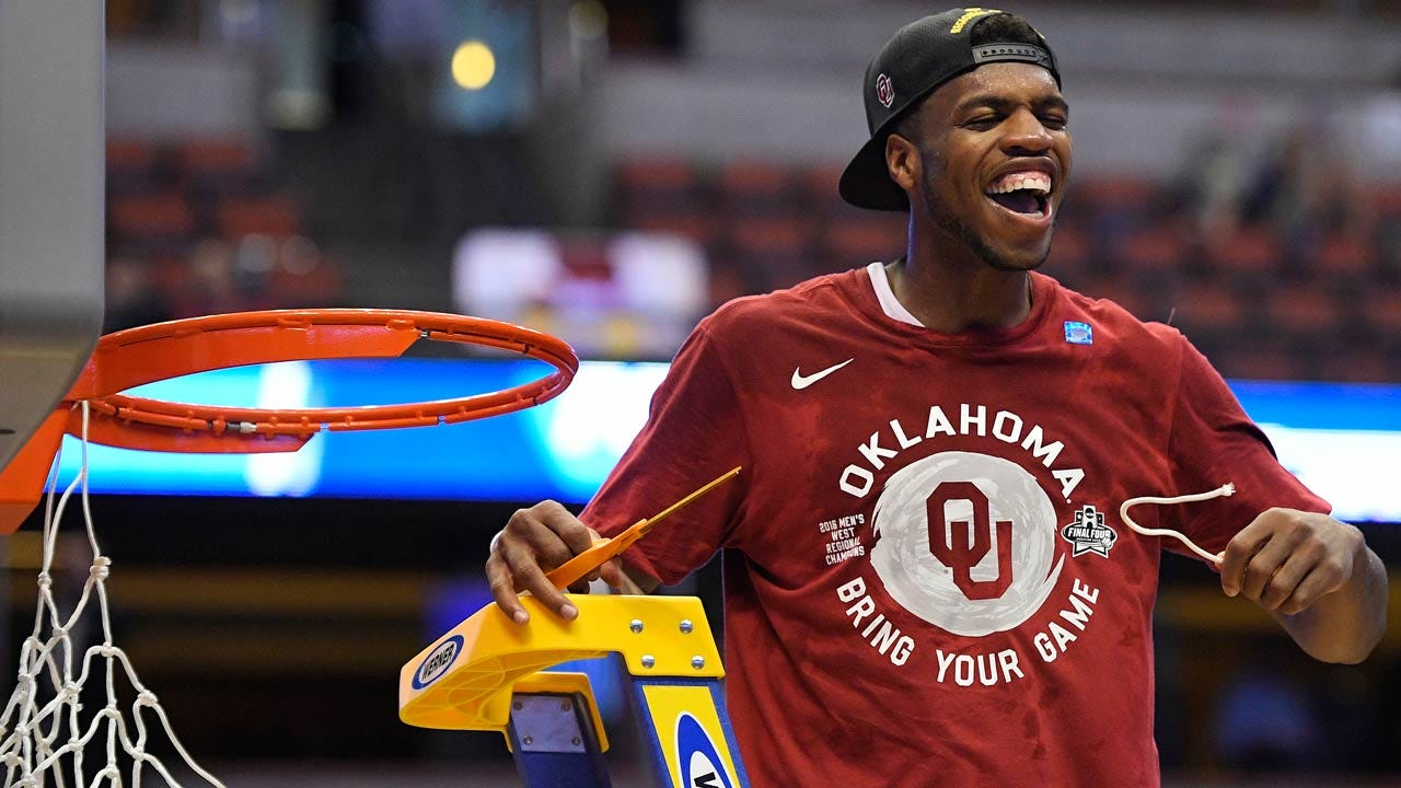 OU's Buddy Hield, Michigan State's Denzel Valentine Lead AP's All-America Team