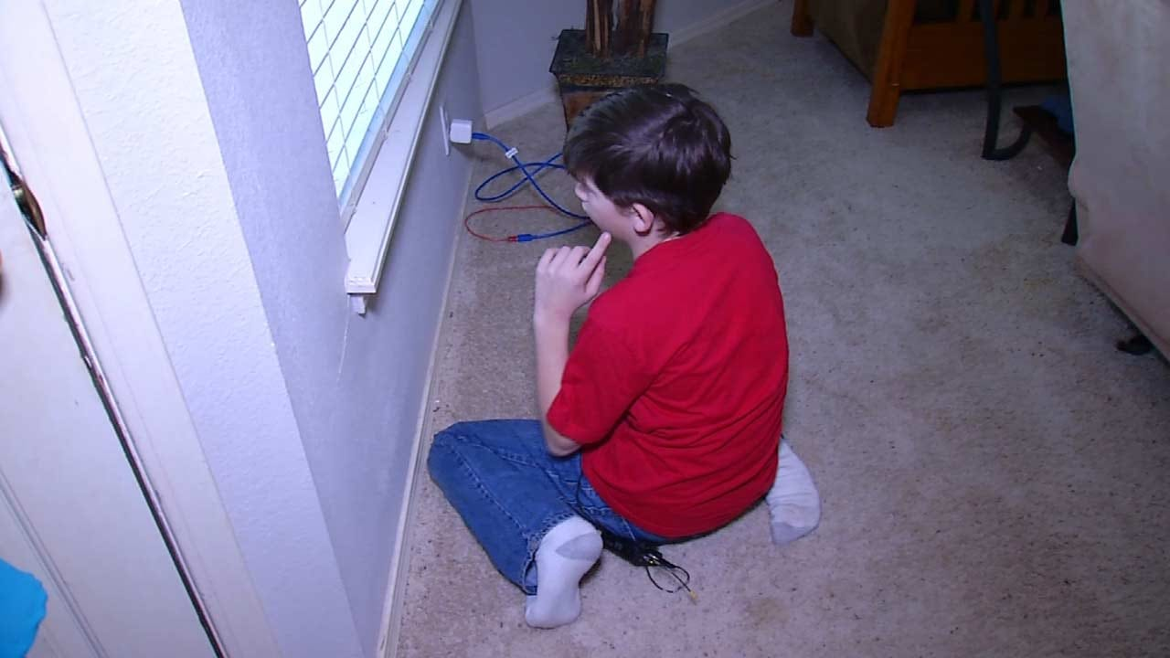 Tips For Kids To Stay Safe From Burglars When Home Alone