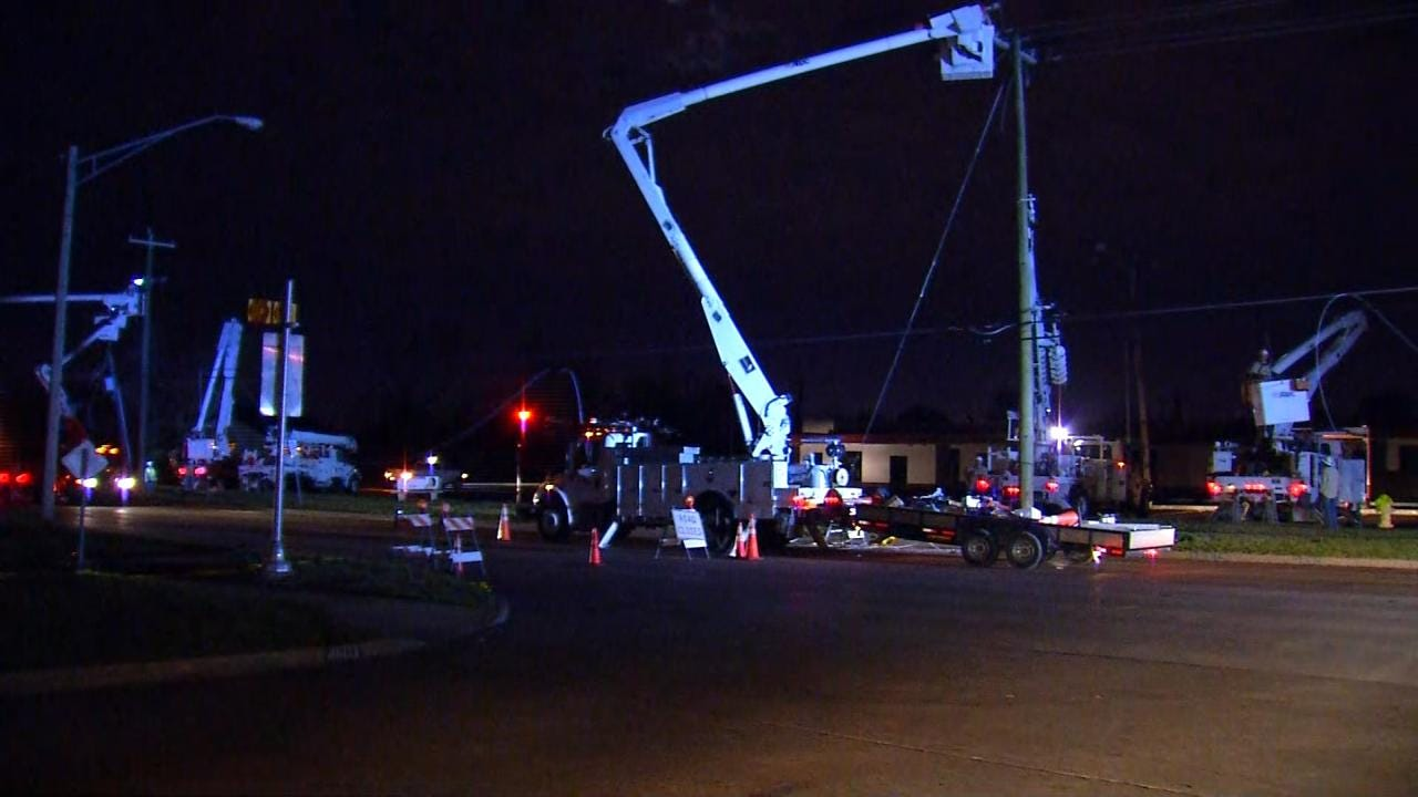 Authorities: Seven Injured As Tornado Moves Across Tulsa, Owasso and Claremore