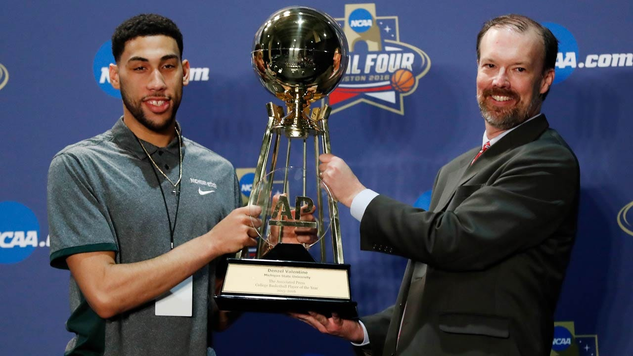 Denzel Valentine Edges Buddy Hield By 3 Votes, Wins AP Player Of The Year