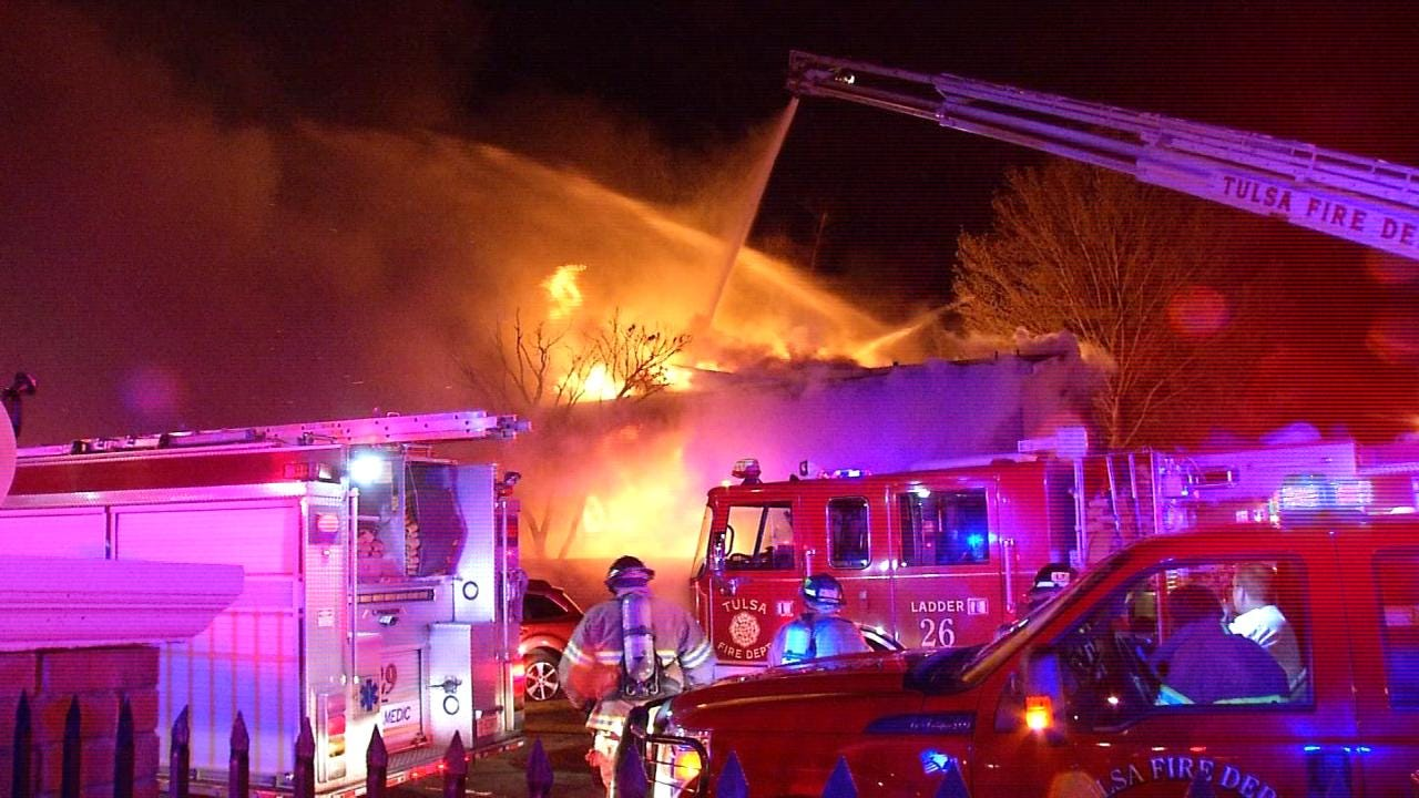 One Dead In Midtown Tulsa Apartment Complex Fire