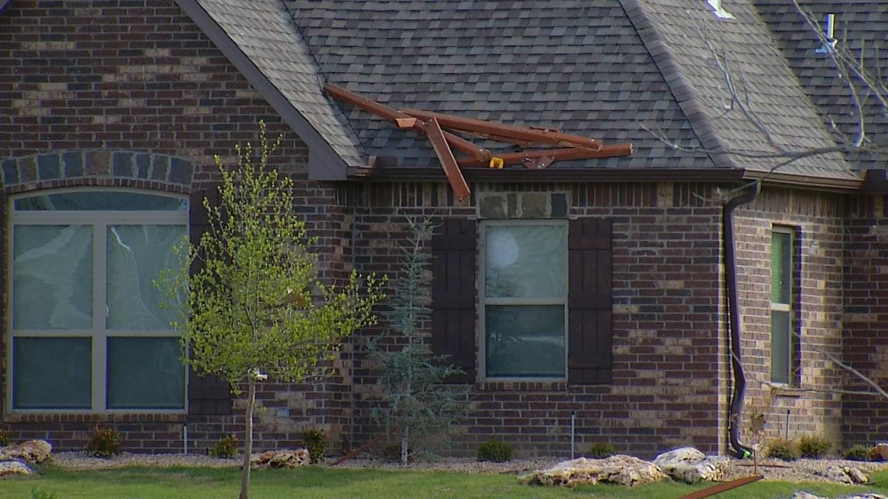Owasso Residents Ride Out Tornado, Cleanup Begins