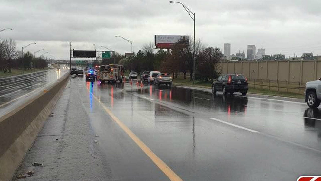 Four-Vehicle Wreck On I-244 Slows Traffic Into Downtown Tulsa