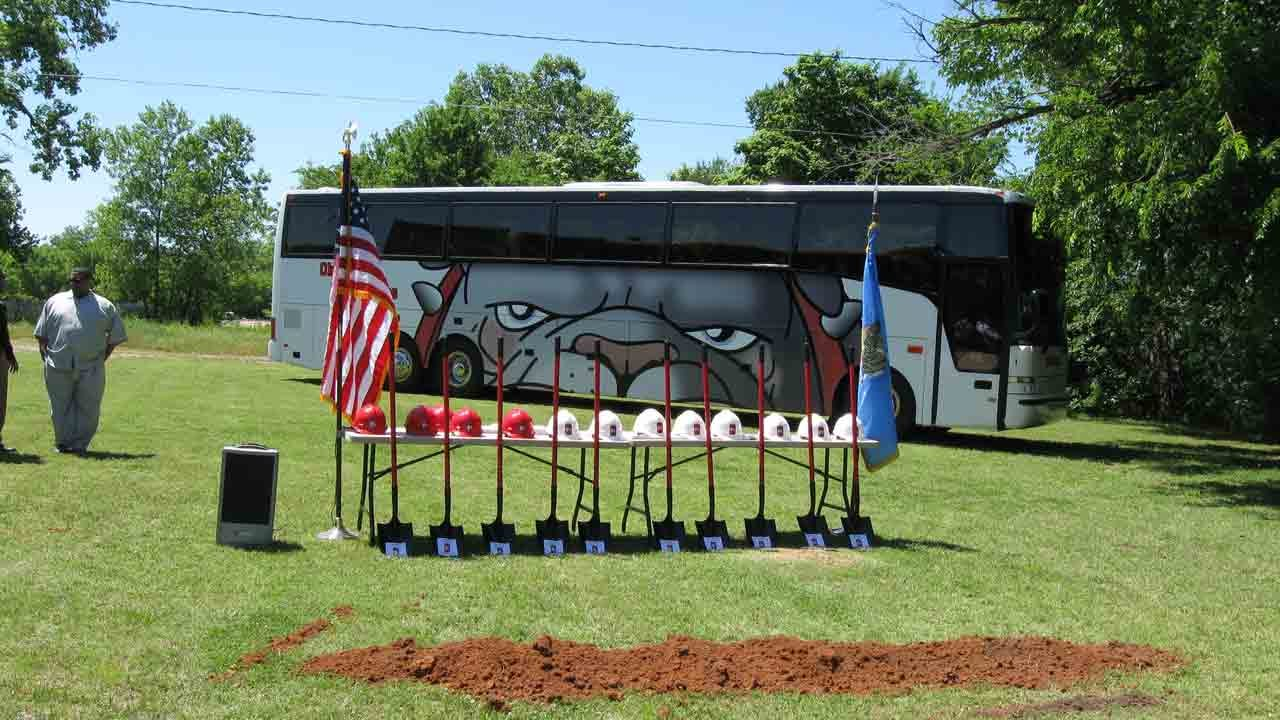 Okmulgee Closes One School, Breaks Ground For Another