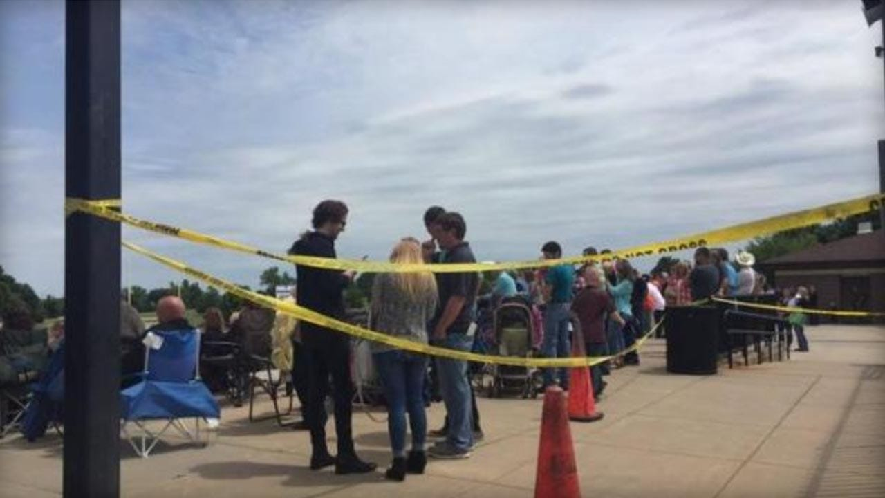 2 People Hurt In Accidental Shooting At Kansas Graduation Ceremony