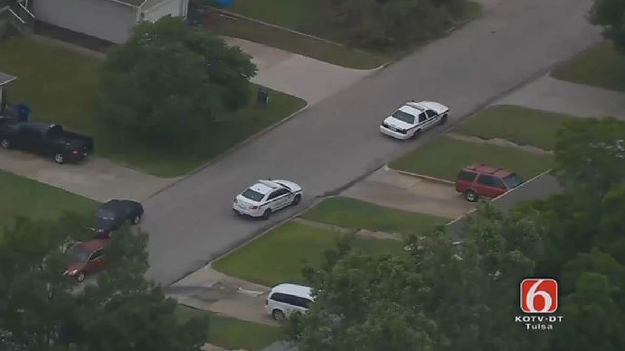 Tulsa Homeowner Finds Armed Robber In Garage