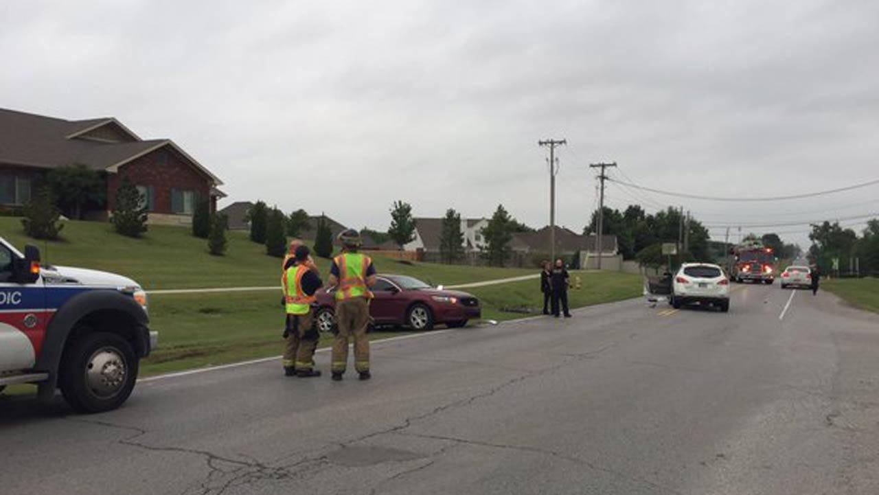 Tulsa Police Officer Injured In Two-Car Crash